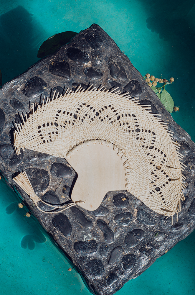 custom wedding fans made of woven palm