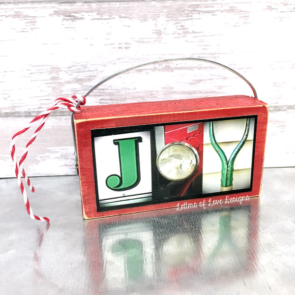 Green & Red Christmas Ornaments, Wooden Christmas Tree Decor