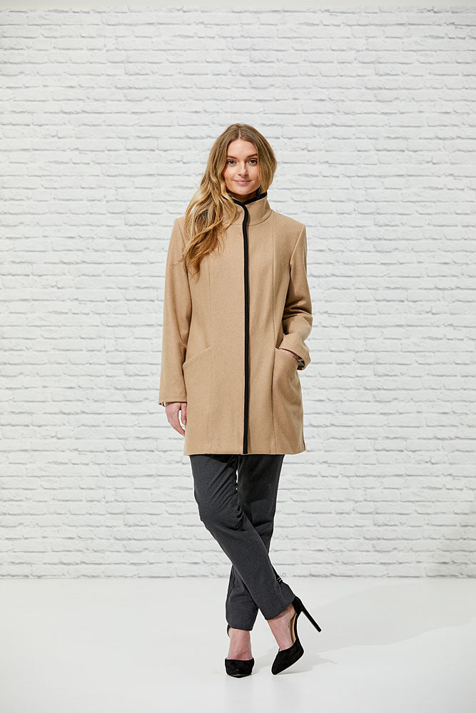 Elizabeth Coat - Issue Clothing