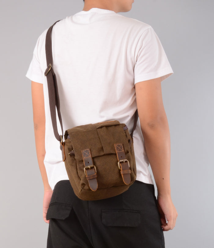 ad51661cf8 Canvas and Leather DSLR camera Bag