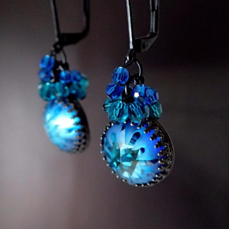 Black Metal Bermuda Blue Earrings
