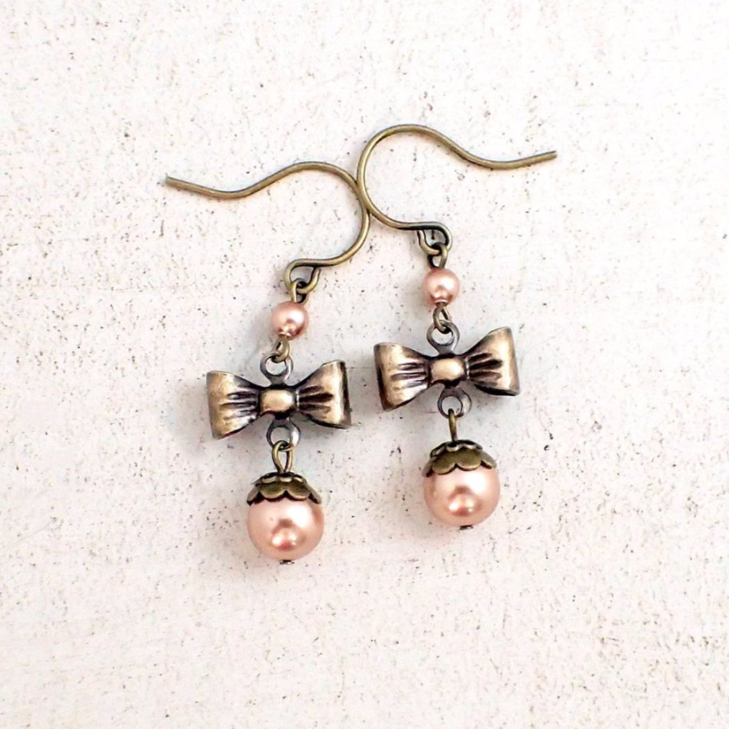 Swarovski Pearl Vintage Style Bow Earrings