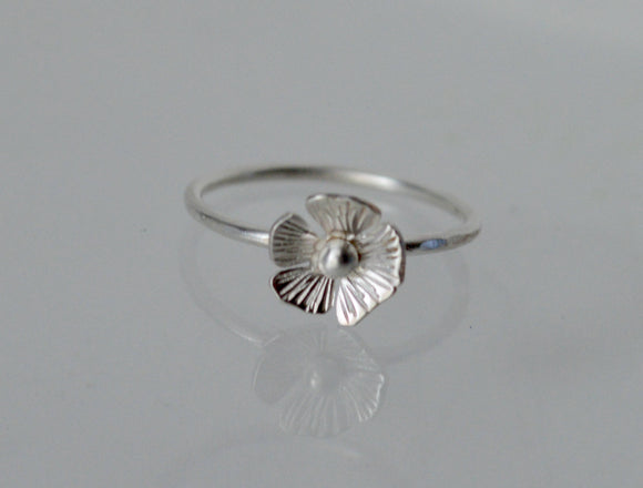 Silver Poppy Ring, Silver Ring, Sterling Silver Ring, Silver Flower Ring, Poppy Ring, Petite Ring, Hammered Ring, Nature, Flowers, Poppies
