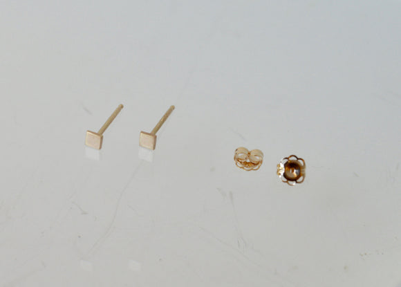 Tiny Gold Stud Earrings, Tiny Gold Square Studs, Solid Gold Studs, 14k Gold Stud Earrings, Minimal Square Earrings, Modern Earrings, Gold