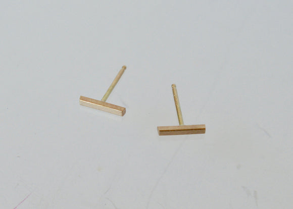 Solid 14 karat yellow gold bar earrings, Solid gold stud earrings, Bar earrings, Minimal Earrings, yellow gold, Stud Earrings, Stick Earring