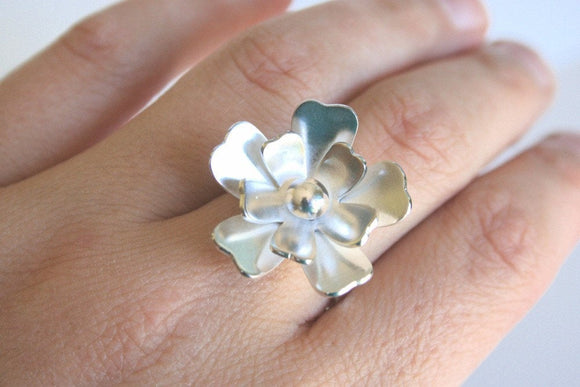 Silver Flower Ring, Statement Ring, Nature Jewelry, Daisy Ring, Rose Ring, Gardenia, Sterling Silver Ring, Metalwork, Big Ring, Gift for her