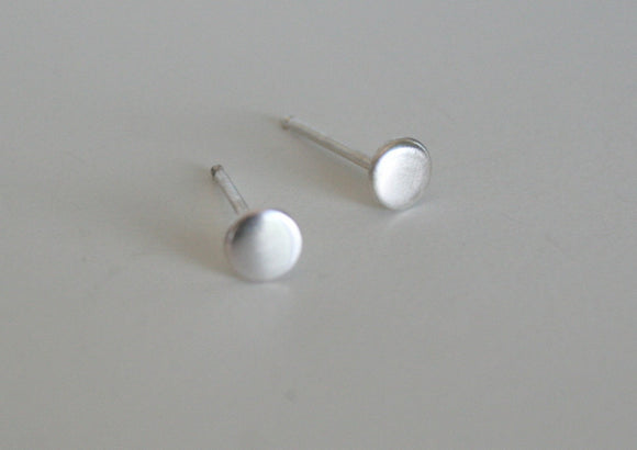 4mm Earrings, Tiny Earrings, Stud Earrings, Silver Stud Earrings, Small studs, Minimal Earrings, Modern Earrings, Silver Posts, Modern, 925