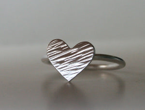 Striped Silver, Heart Ring, Hammered Ring, Silver RIng, Gift For Her, Valentines Ring, Handmade Ring, Metalwork, gift for Girls, modern ring