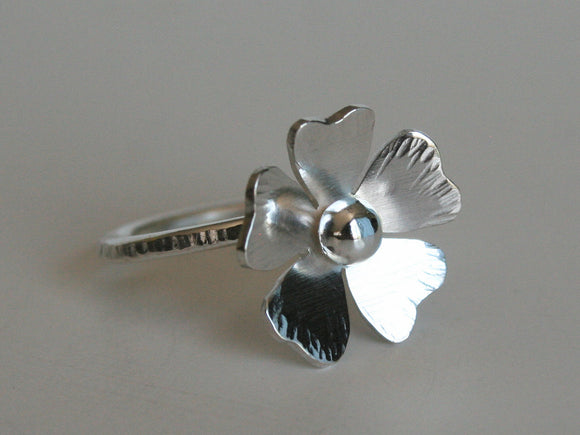 Silver Flower Ring, Poppy Ring, Poppy Jewelry, Hammered Silver Ring, Gift for Her, Birthday Gift for Friend, Statement Ring, Sterling Silver