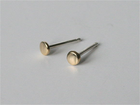 Super Polished 3mm Brass Dot Earrings, Everyday Post Earrings, Stud Earrings, Tiny Earrings, Gold Earrings, Brass Earrings, Dots