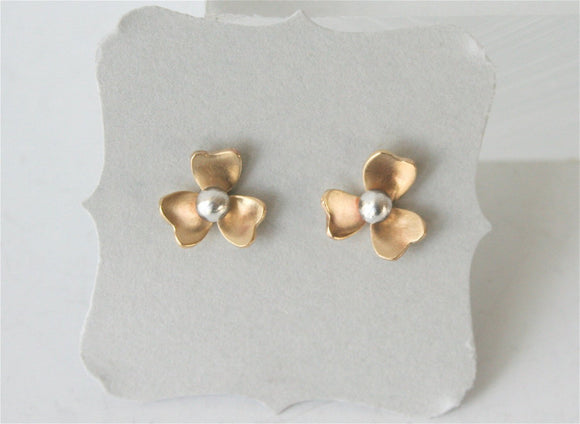 Gold and Silver Tiny Flower Earrings, Flower Stud Earrings, Flower Post Earrings, Brass Flower Jewelry, Tiny Earrings, Gift for Her, Mixed