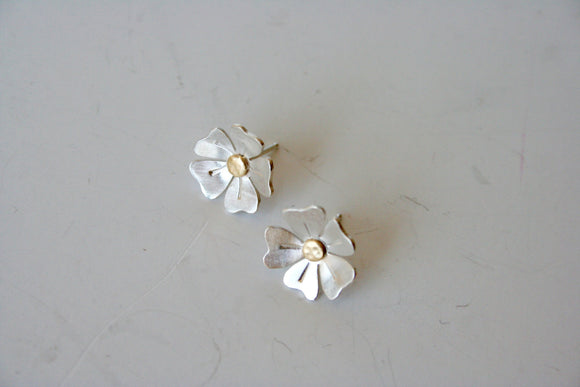 Daisy Earrings, Silver Earrings, Flower Earrings, Brass and Silver, Silver and Gold, Tiny Flowers, Tiny Earrings