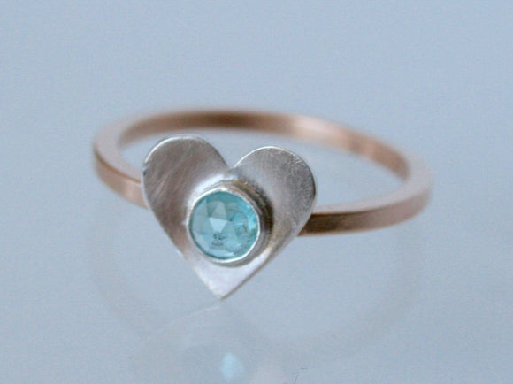 Heart Ring, Bronze Ring, Apatite Ring, Heart with Stone Ring, Modern Ring, Faceted Cabochon Ring, Handmade Ring, Gift for Her, Silver Heart