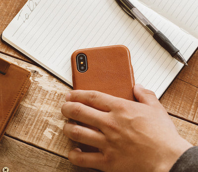 iphone xs brown case