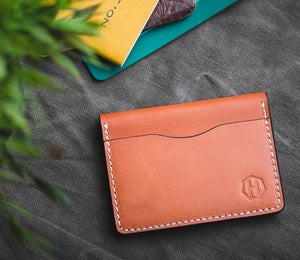 Men's Vegetable Saddle Tanned Leather Bifold Wallet