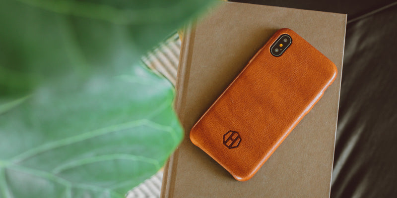 Slim Leather Phone Case - Brown