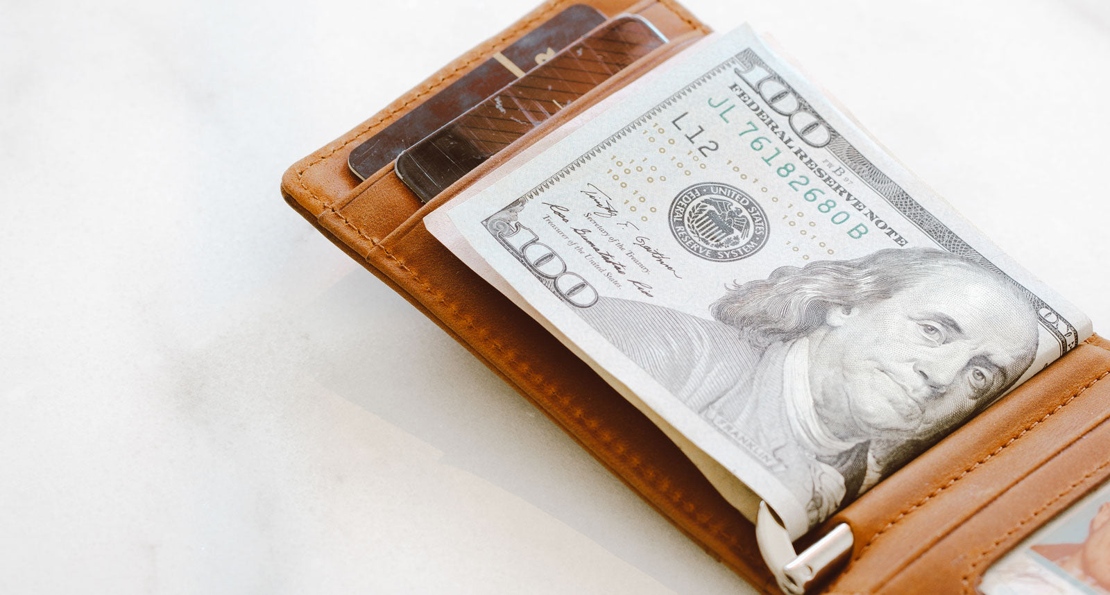 6 Simple Ways To Slim Your Wallet - Cash/A Thing of the Past
