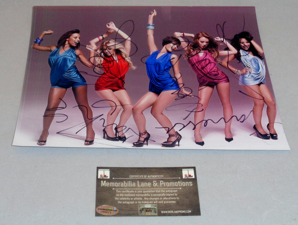 The Saturdays Autographed 8x10 COA Memorabilia Lane & Promotions