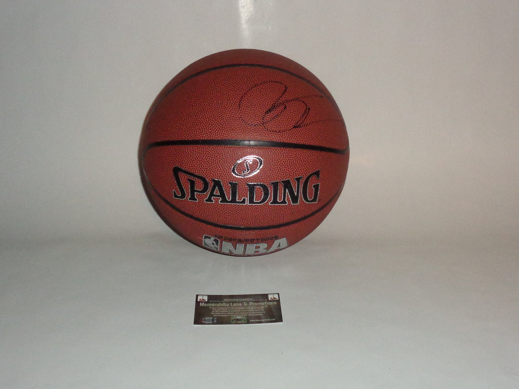 PAT RILEY HEAT LAKERS KNICKS autograph basketball COA Memorabilia Lane