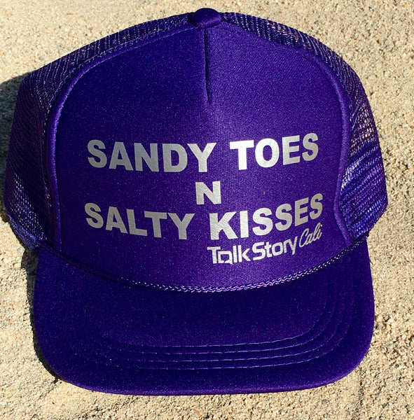 SANDY TOES N SALTY KISSES
