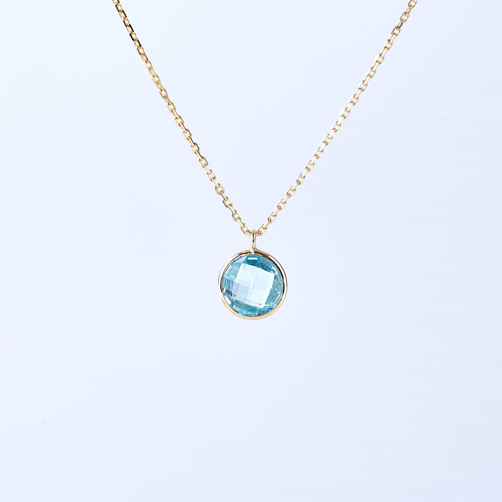 Blue Topaz and Yellow Gold Pendant