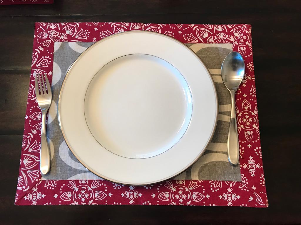 Gray/Red Reversible Tablemats
