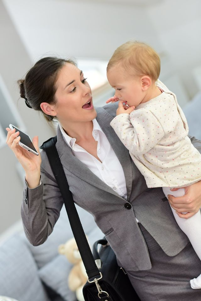 Pumping at Work: 4 Easy Tips for Working Moms