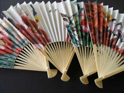Item# AP77 Asian Scenes Folding Fan  .. OM -  DiversityStore.Com®
