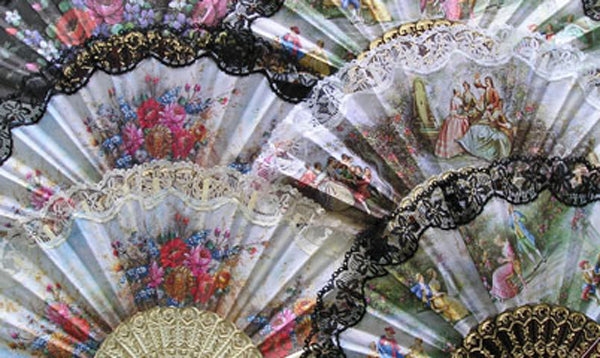 Spanish Fan (Assorted Colors)  .. OM
