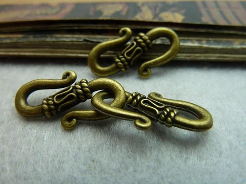 Antique bronze S hook toggle clasp 21x12mm / 1-5 pieces - MAE Inspirations  - 1