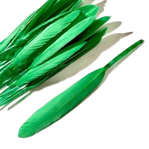 Green dyed goose feathers 4-5 inches / 1-10 pieces - MAE Inspirations