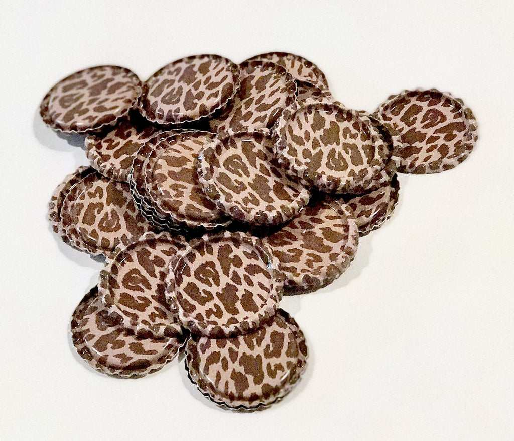 Leopard print flattened bottle caps - MAE Inspirations