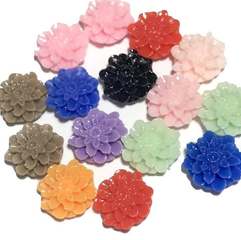 Assorted colors dahlia flower resin 15mm / 1-10 pieces - MAE Inspirations