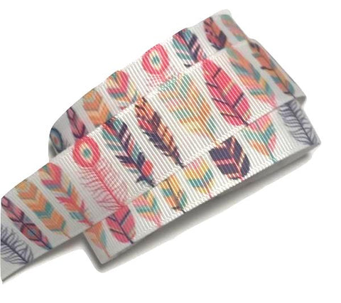 "White tribal feathers printed 7/8"" grosgrain ribbon - MAE Inspirations"