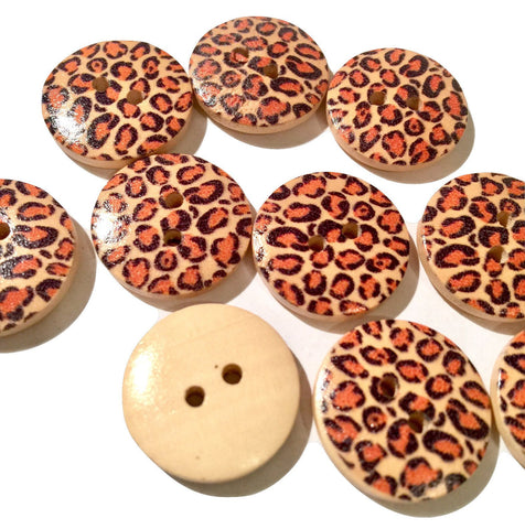 18mm leopard print 2 hole wooden button - MAE Inspirations