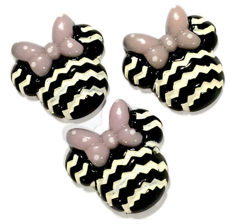 Black chevron mouse head w/ bow resin cabochon 27x27mm / 1-3 pieces - MAE Inspirations