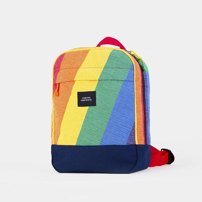 all-rainbow-lighpack-mochila