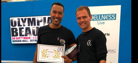 Award handed to the Winner of the National Massage Championships Mário De Sousa