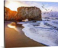 El Matador Beach Sunrise, Malibu, California Canvas