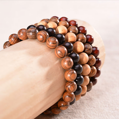 Ensemble de 5 bracelets en bois naturel