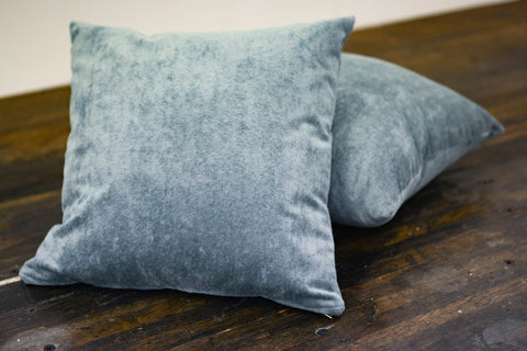Crush Velvet Pillow Blue