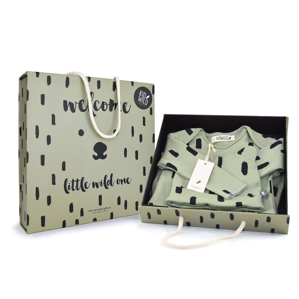 Layette Gift Set - Spots Green