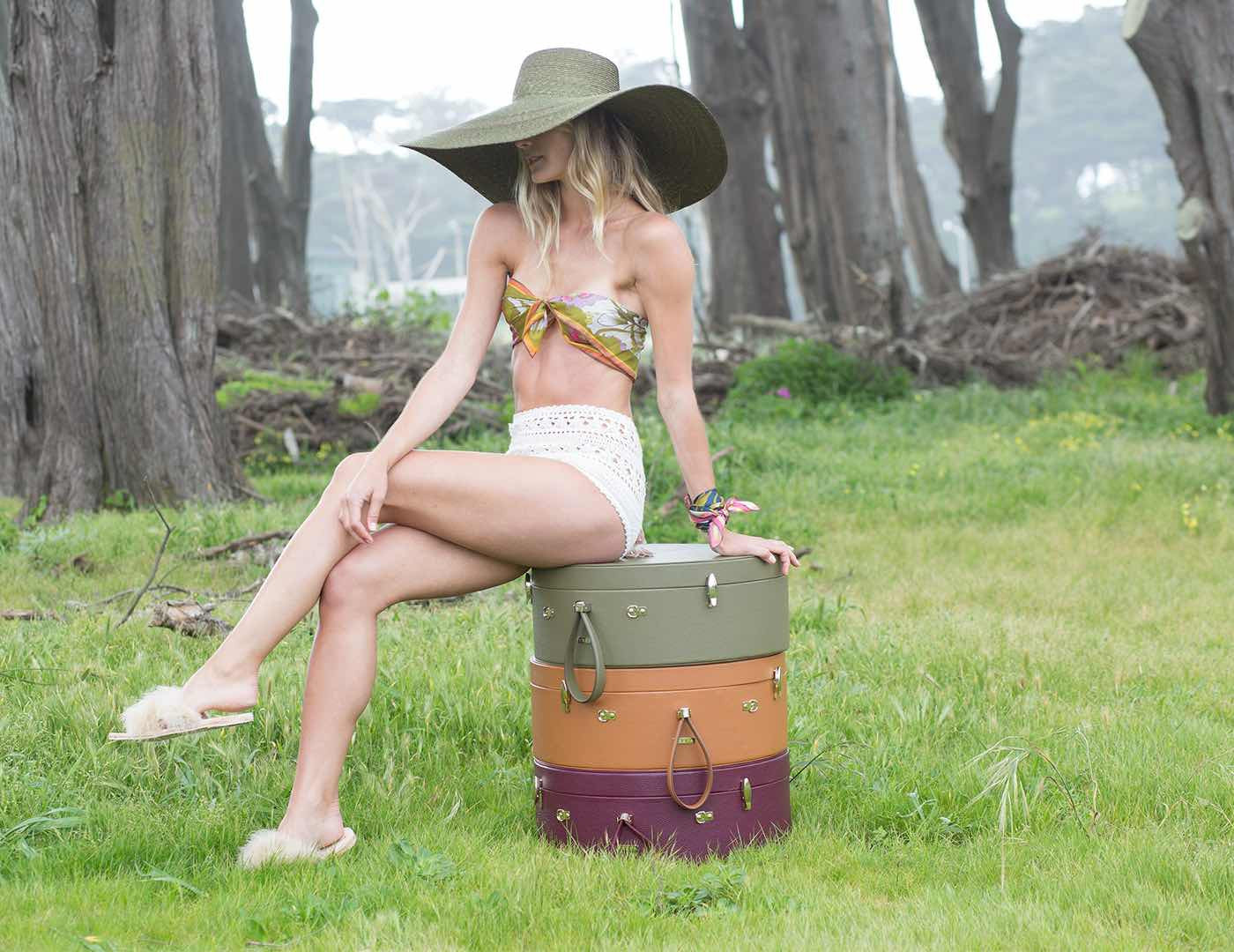 Poppy Travel Hat Box, Wine