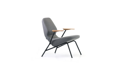 Oblique Easy Chair