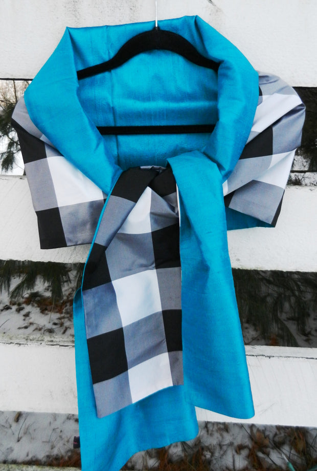Silk Wrap in Classic Black Check and Turquoise (LW54)