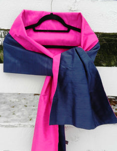 Silk Wrap in Navy w Hot Pink (LW72)