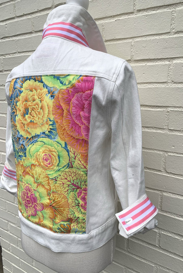 White Denim Jacket w Floral (DWJ 06)