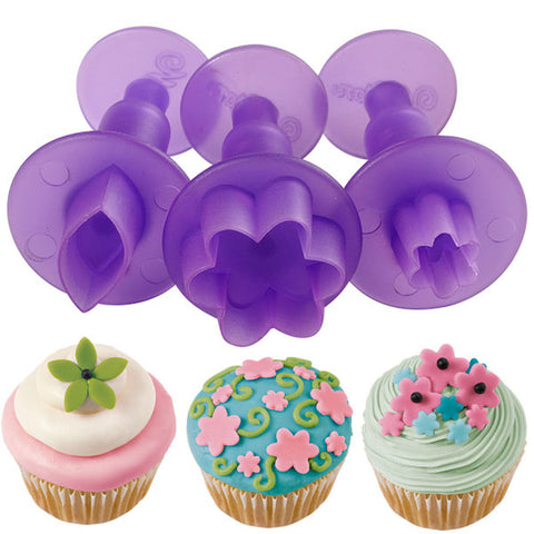 Fondant Mini Cutouts 3 pc Flowers & Leaf / Cortadores Mini para Pastas - Hobbees