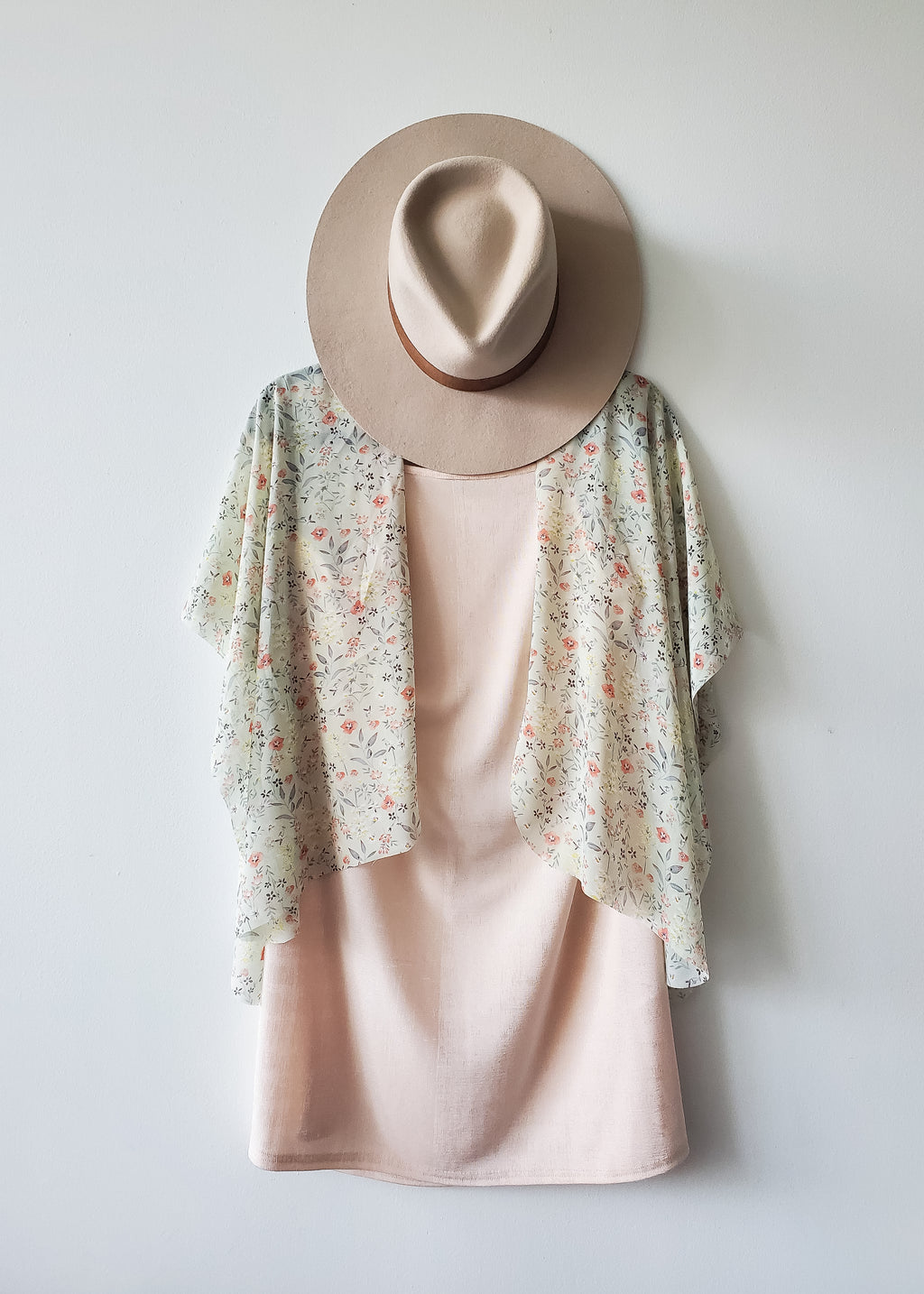 Little Bloom Crop Kimono