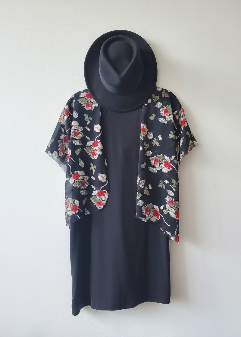 Bed of Roses Crop Kimono
